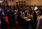 北京分赛开始前与会观众自由交流