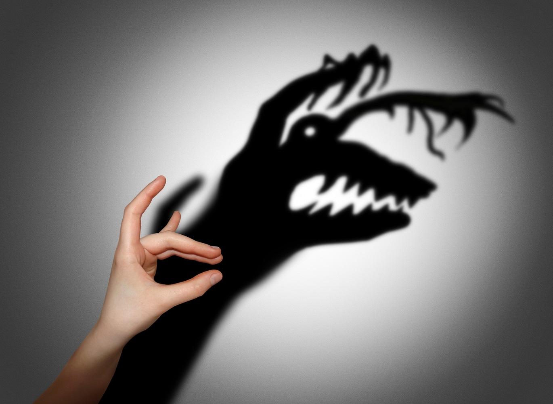 创业的世界里只有会做决策的偏执狂才能生存,所以创业者,不要害怕?#24535;澹?#20320;?#25112;?#25112;胜它