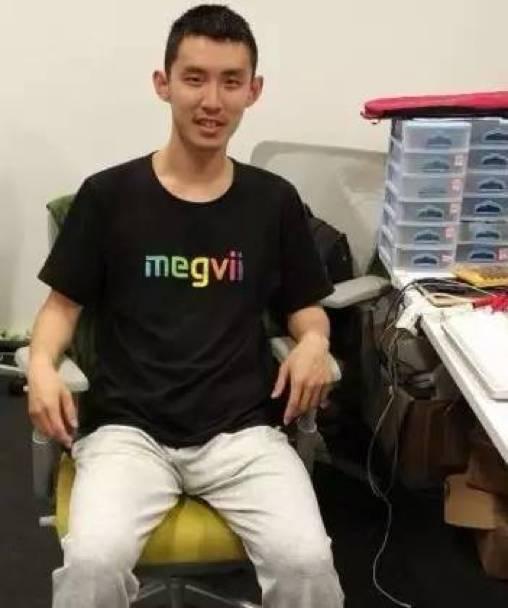 清华姚班和 100 个「张小龙」 | 中国 AI 天才养成计划